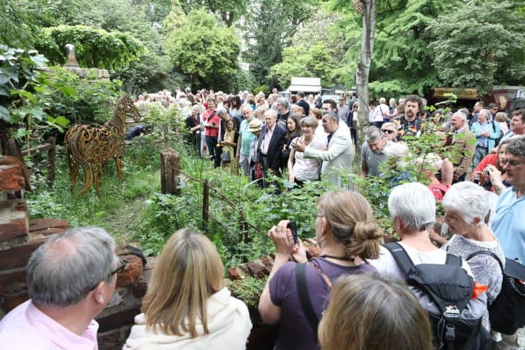 World horse welfare garden wins gold medal at rhs chelsea Winner chelsea flower show 2017