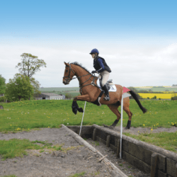 How-to-ride-ditches-with-Lucinda-Green