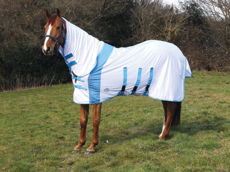 JHL Ultra Fly Relief Combo rug tried and tested by Horse&Rider