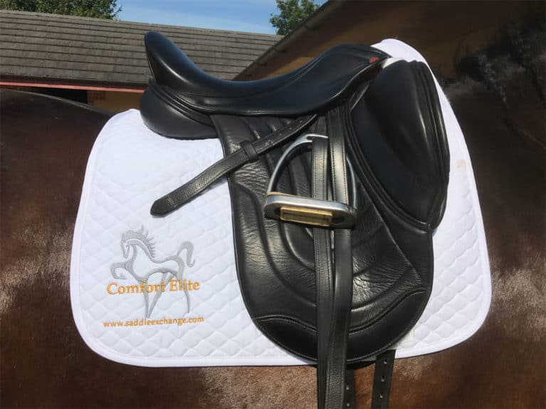 The Saddle Exchange Comfort Elite Cadence Monoflap Dressage Saddle