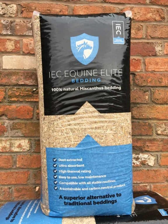 IEC Equine Elite bedding